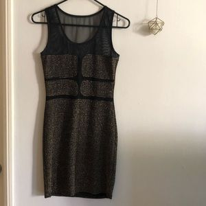 Dresses & Skirts - Black and gold night out dress